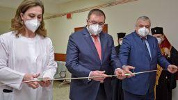 """България е договорила допълнителни дози от ваксините на """"Пфайзер"""" и """"Модерна"""""""