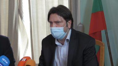 Бургас е зареден с ваксини, возят с автобуси желаещите да се ваксинират