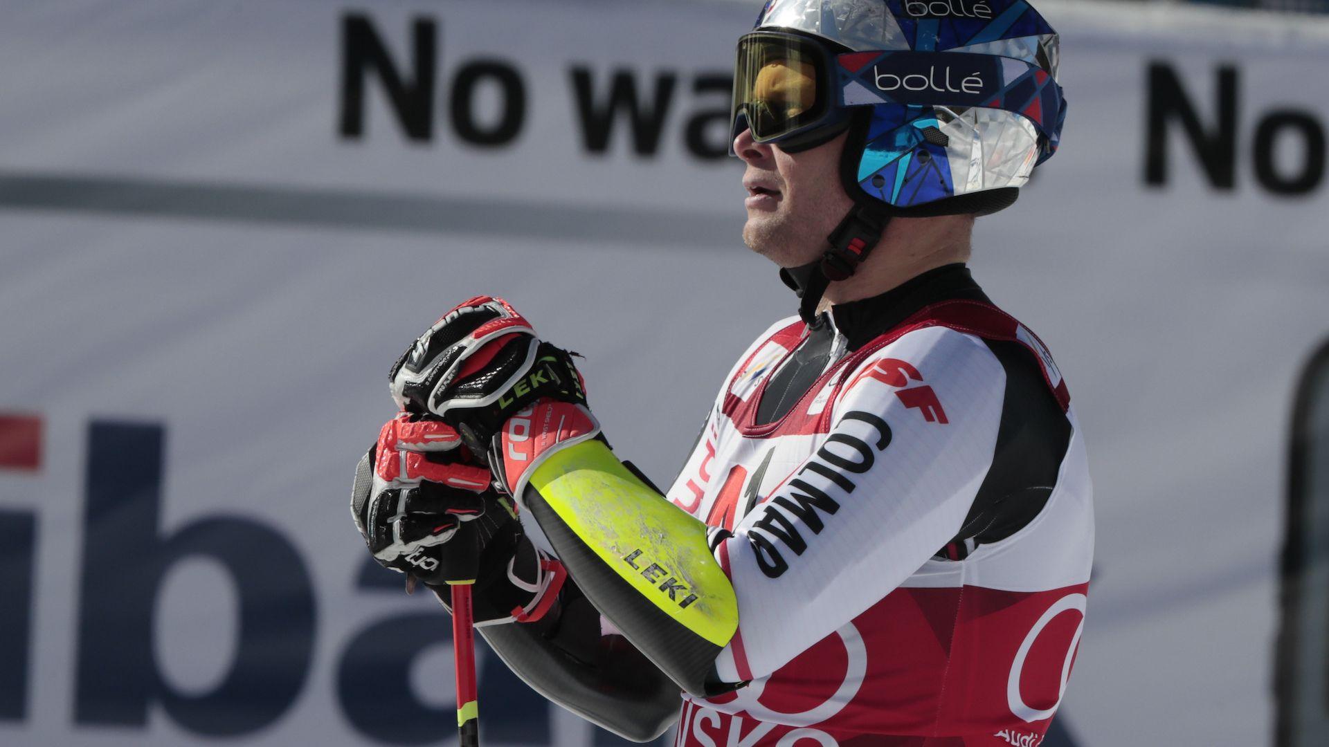 Спортът по телевизията: Много ски и футбол в неделния ден