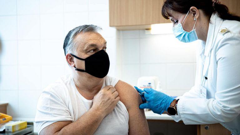 Унгарският премиер Виктор Орбан беше инжектиран с ваксината срещу КОВИД-19,