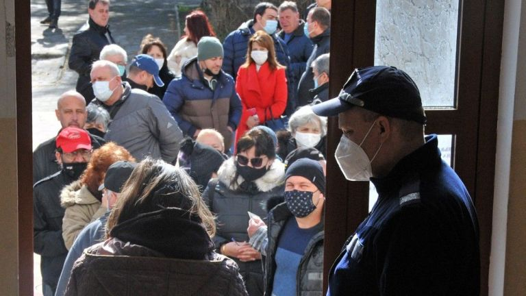 72% от жителите на Обзор и шестте села Приселци, Паницово,