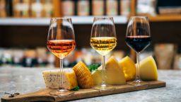 Стотици европейски и китайски сирена, вина, алкохол и чайове получиха защита от имитация