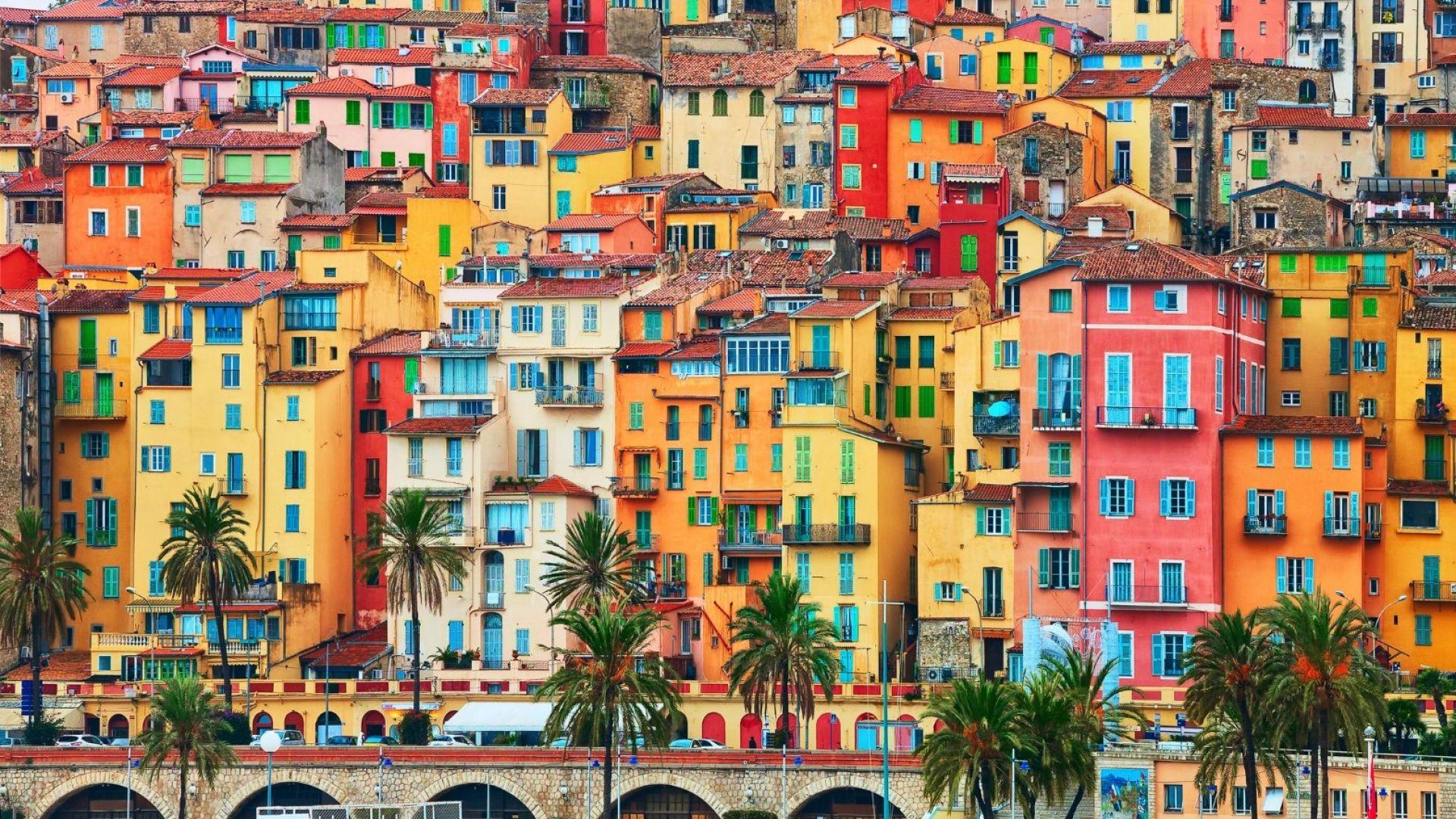 8 цветни места, които да видите във Франция