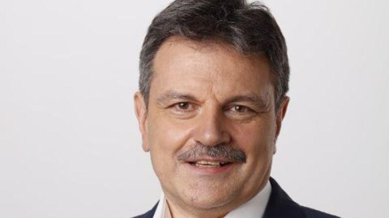 Демократична България обяви водачите на листите си.В София-област листата води