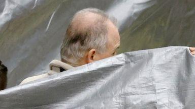 Екстрадиция на баща и син от САЩ: Ще разплете ли Япония интригата с Карлос Гон