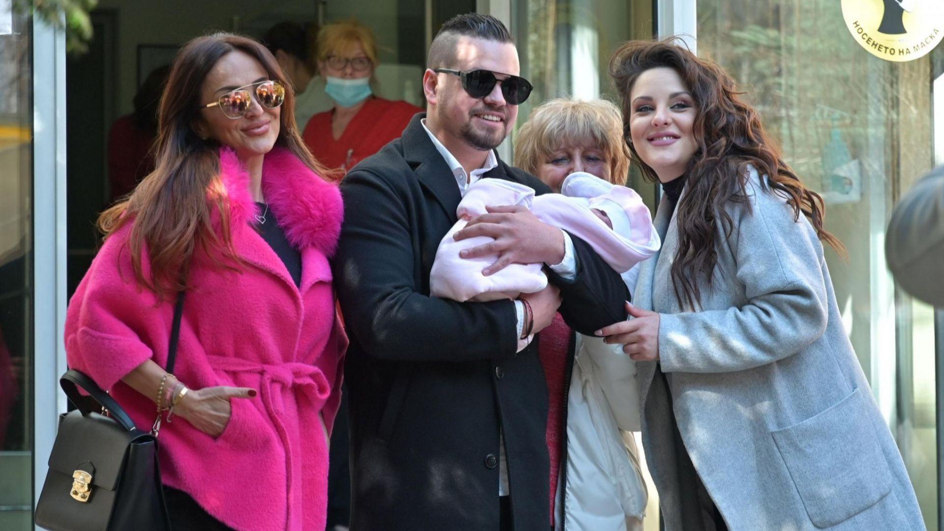 Глория взе Симона Загорова и внучето си от болницата