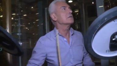 """Волен Сидеров изнесе шоу на барабани на бул. """"Витоша"""" (видео)"""