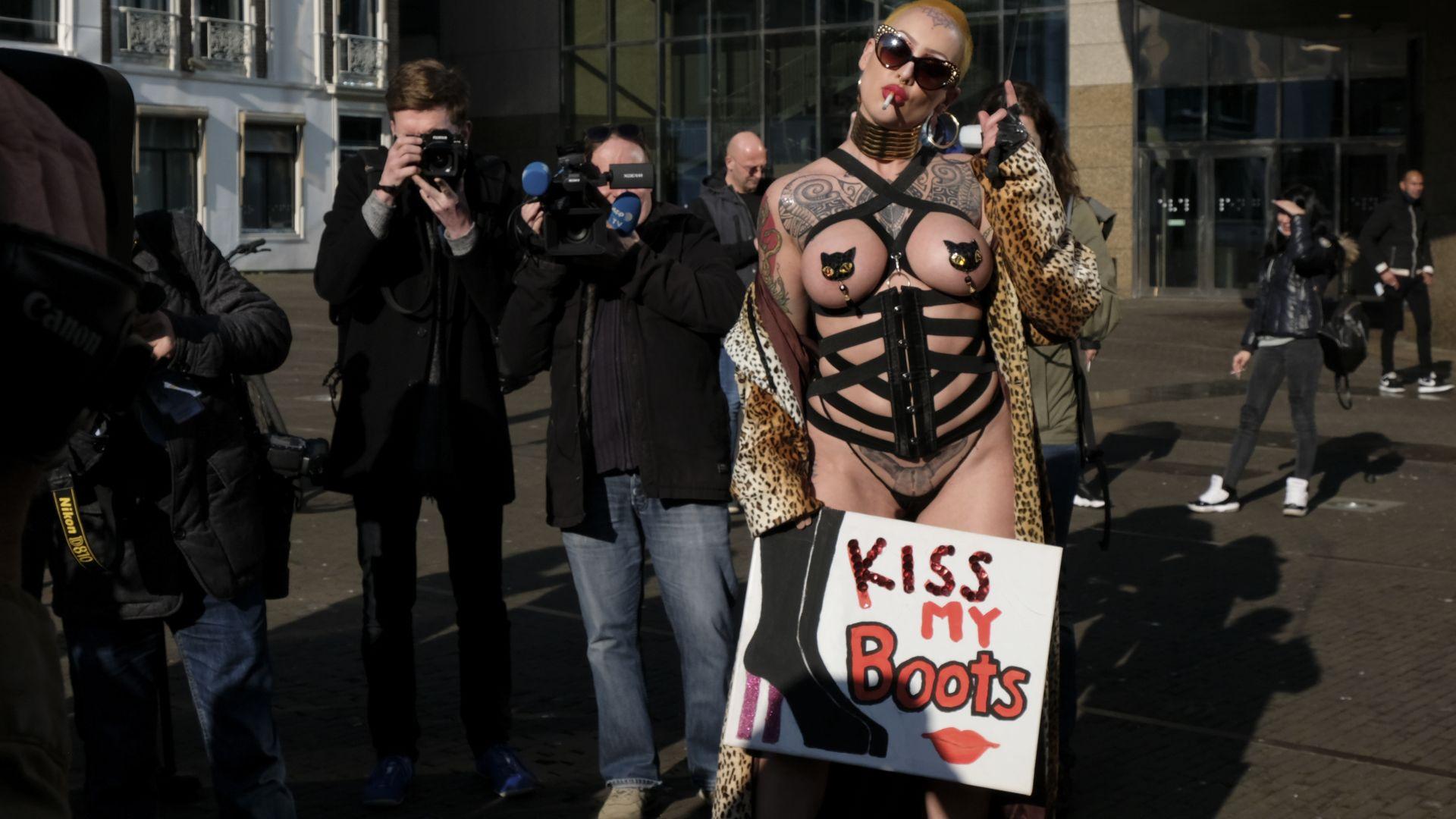 Секс тружениците в Нидерландия излязоха на протест
