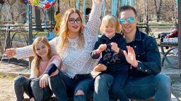 Ваня и Евгения Джаферович отпразнуваха 6-ия рожден ден на сина си в парка