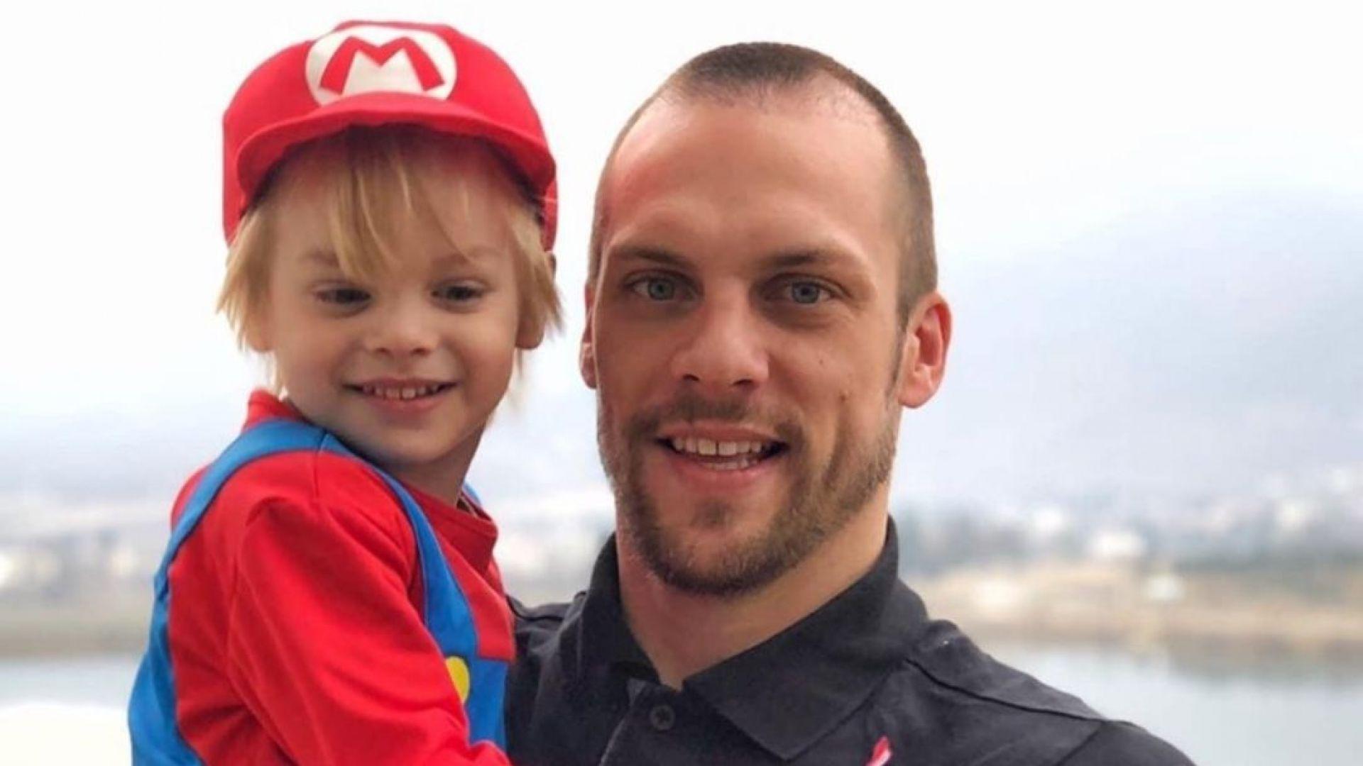 Ваня Джаферович и синът му катастрофираха заради автоджигит