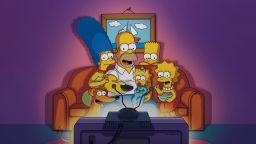 Семейство Симпсън ще радва почитателите си до 2023 г.