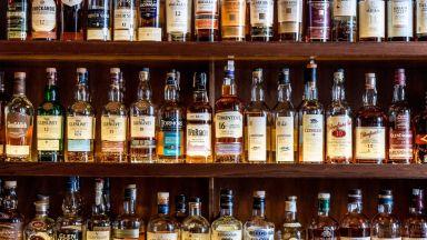"""""""Страхотна новина"""" за шотландското уиски след разрешаване на """"самолетния"""" спор"""