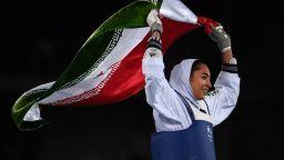 Единствената олимпийска медалистка на Иран е отказала да се състезава за България?