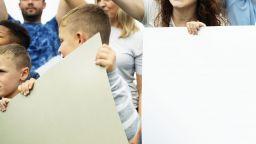 Държавата следи за впрягане на деца в политическа агитация