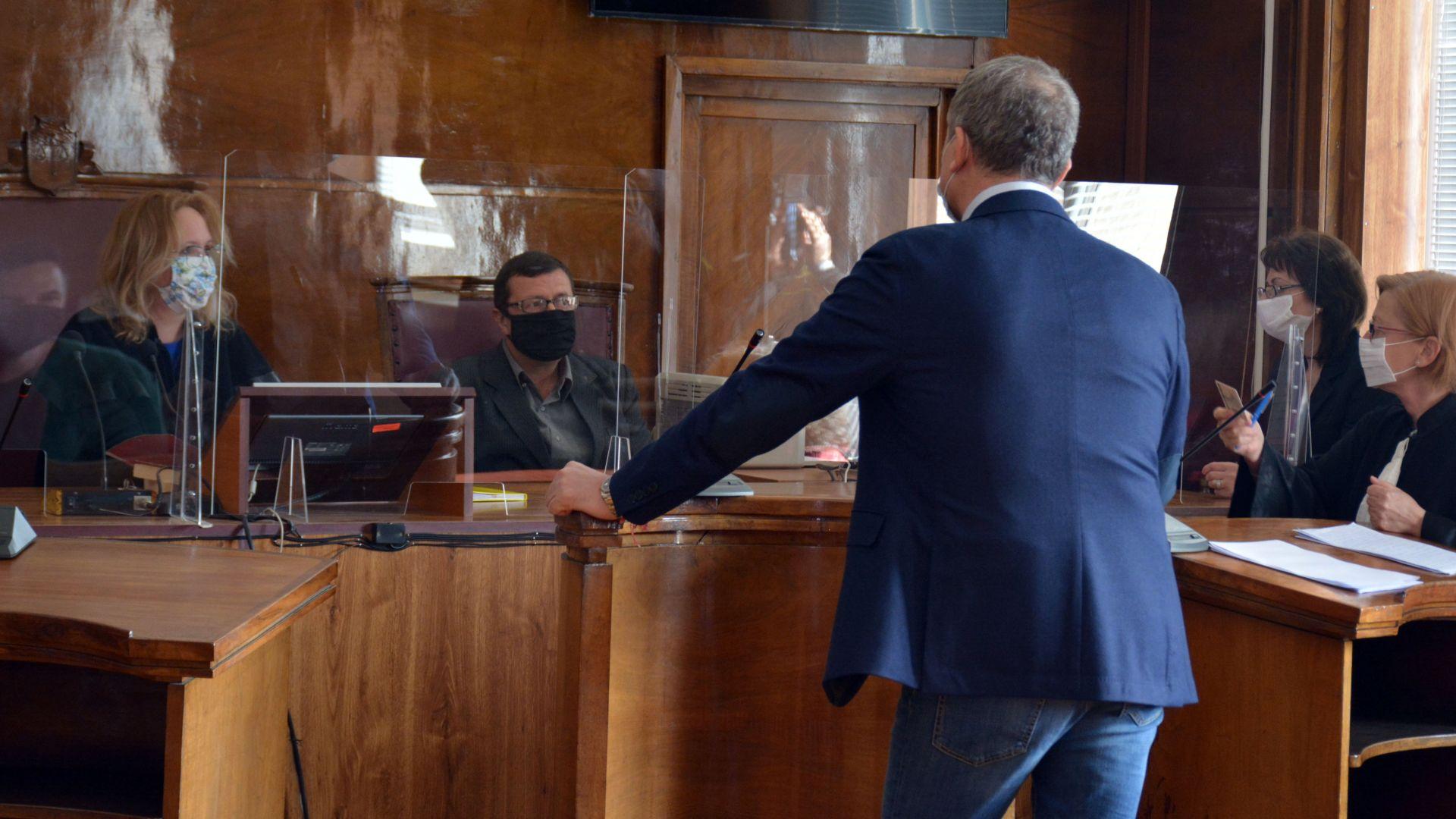Разпитаха иконома и чистачките на Пламен Бобоков, правят нова експертиза на артефактите