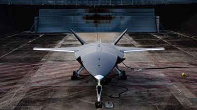 Австралия се сдоби с революционен боен дрон