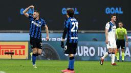 Гол на Милан доближи Интер с още крачка към титлата