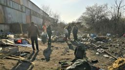 Бургас отпрати два катуна роми по родните им места (снимки)