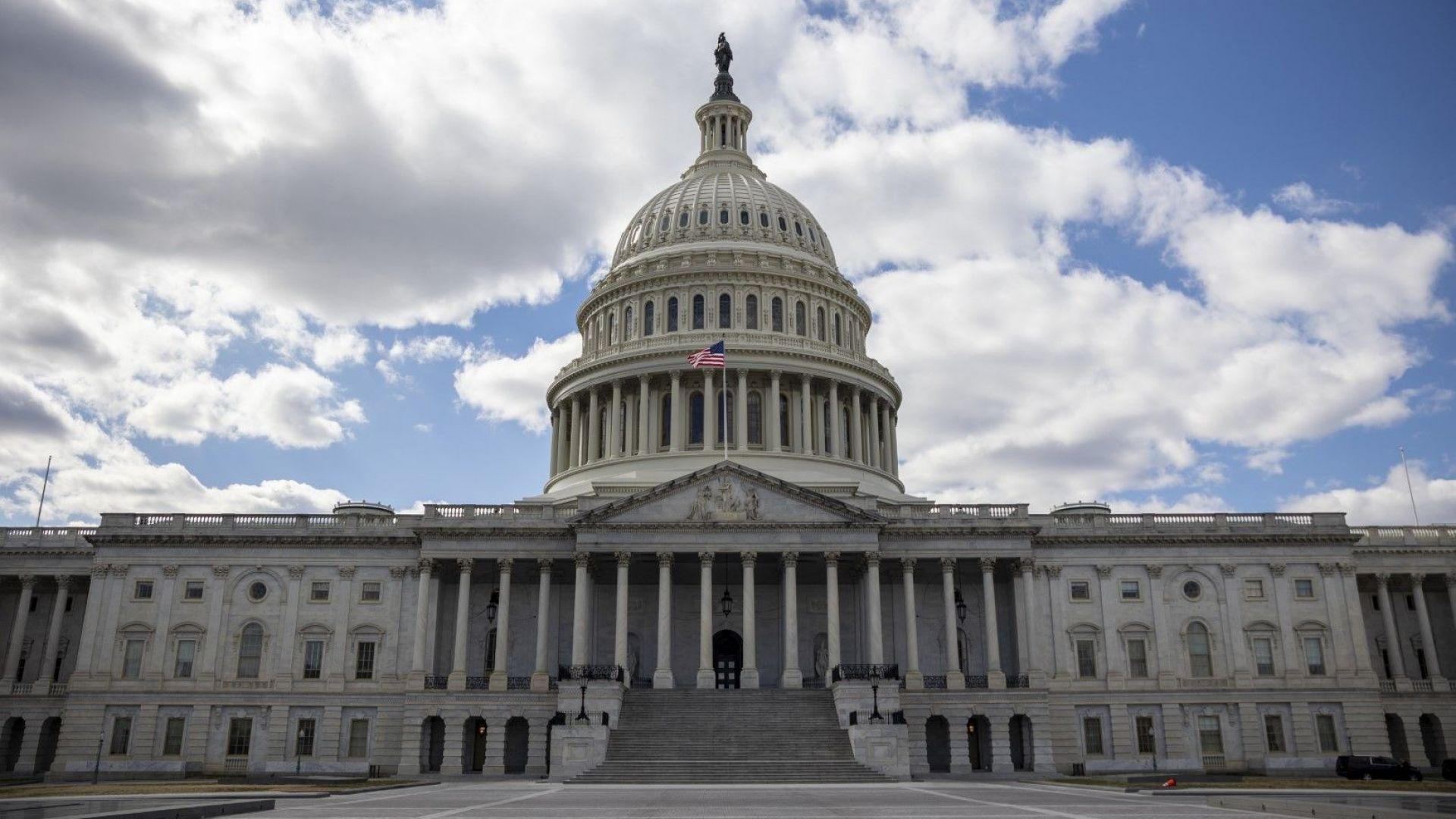 В Конгреса се разбраха - САЩ няма да изпадне в неплатежоспособност