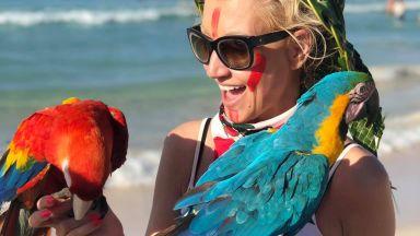 След развода с кмета на Стрелча Доника Василева отпразнува юбилея си в Доминикана