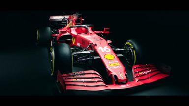 """""""Ферари"""" показа новата си кола, която """"няма да е толкова бавна на правите"""""""