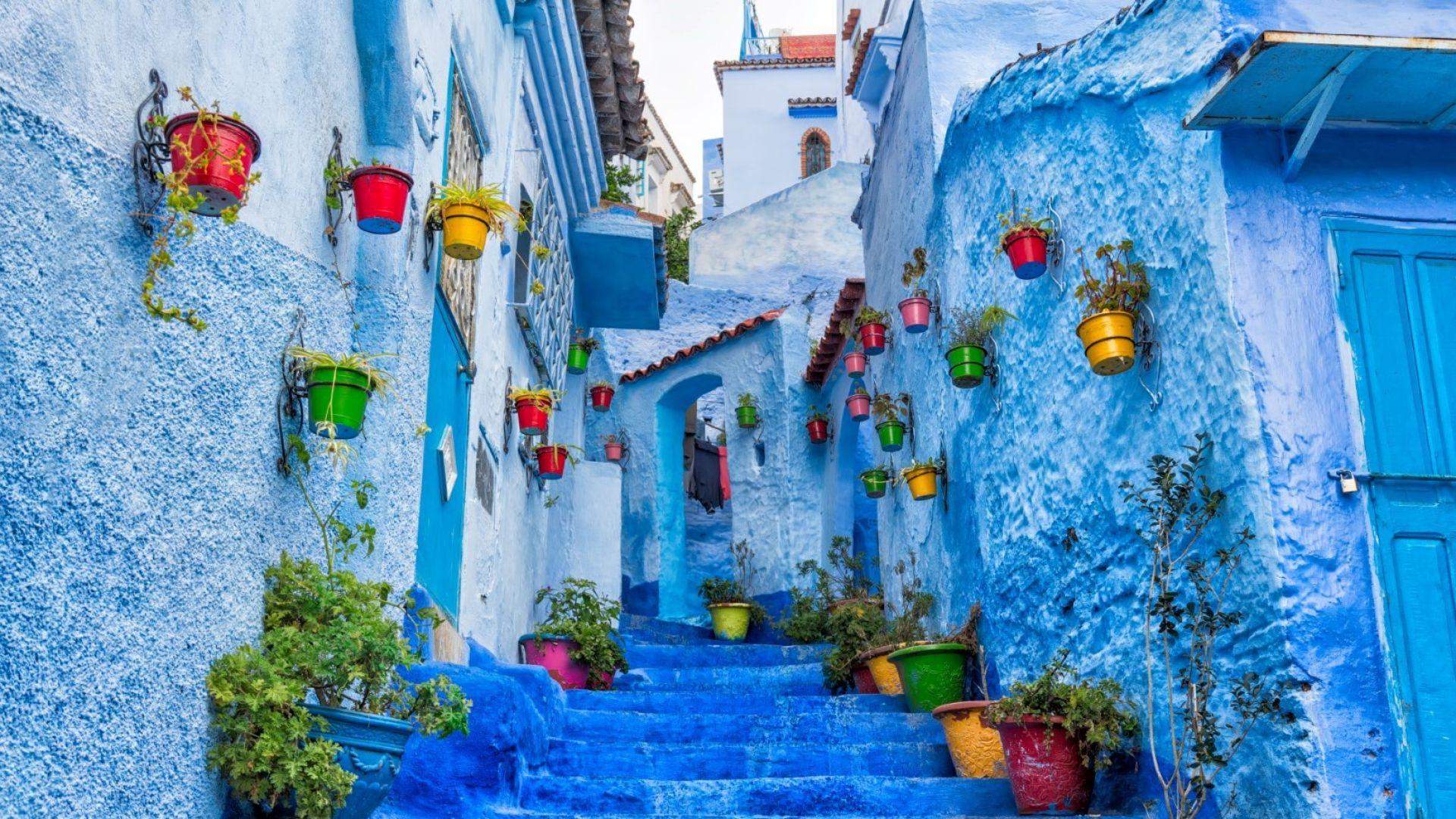 Фото гид: Да се изгубиш в Шефшауен, синия град на Мароко