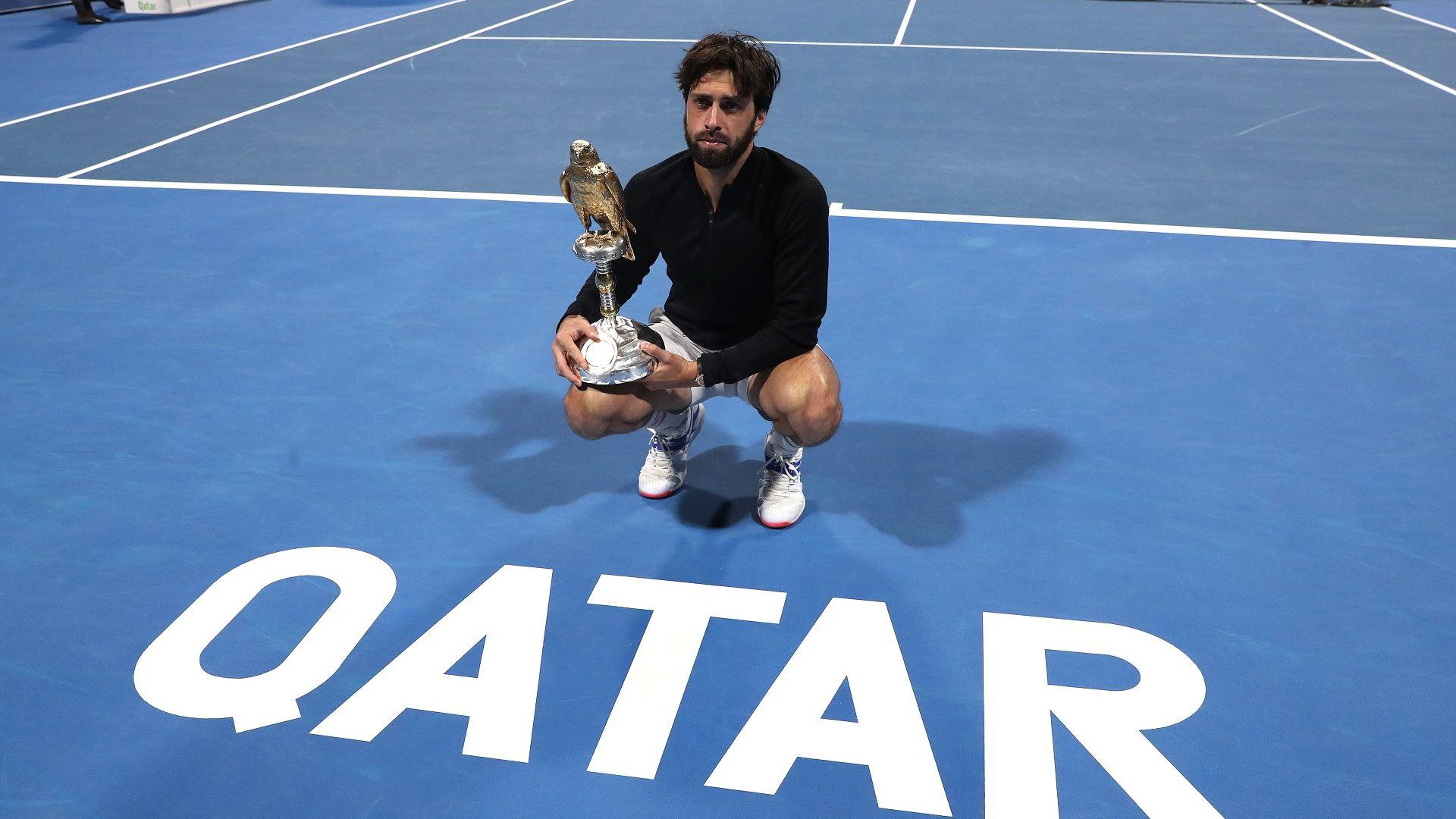 Палачът на Федерер в крайна сметка грабна трофея от Доха