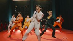 BTS продължават да властват над чарта на Billboard