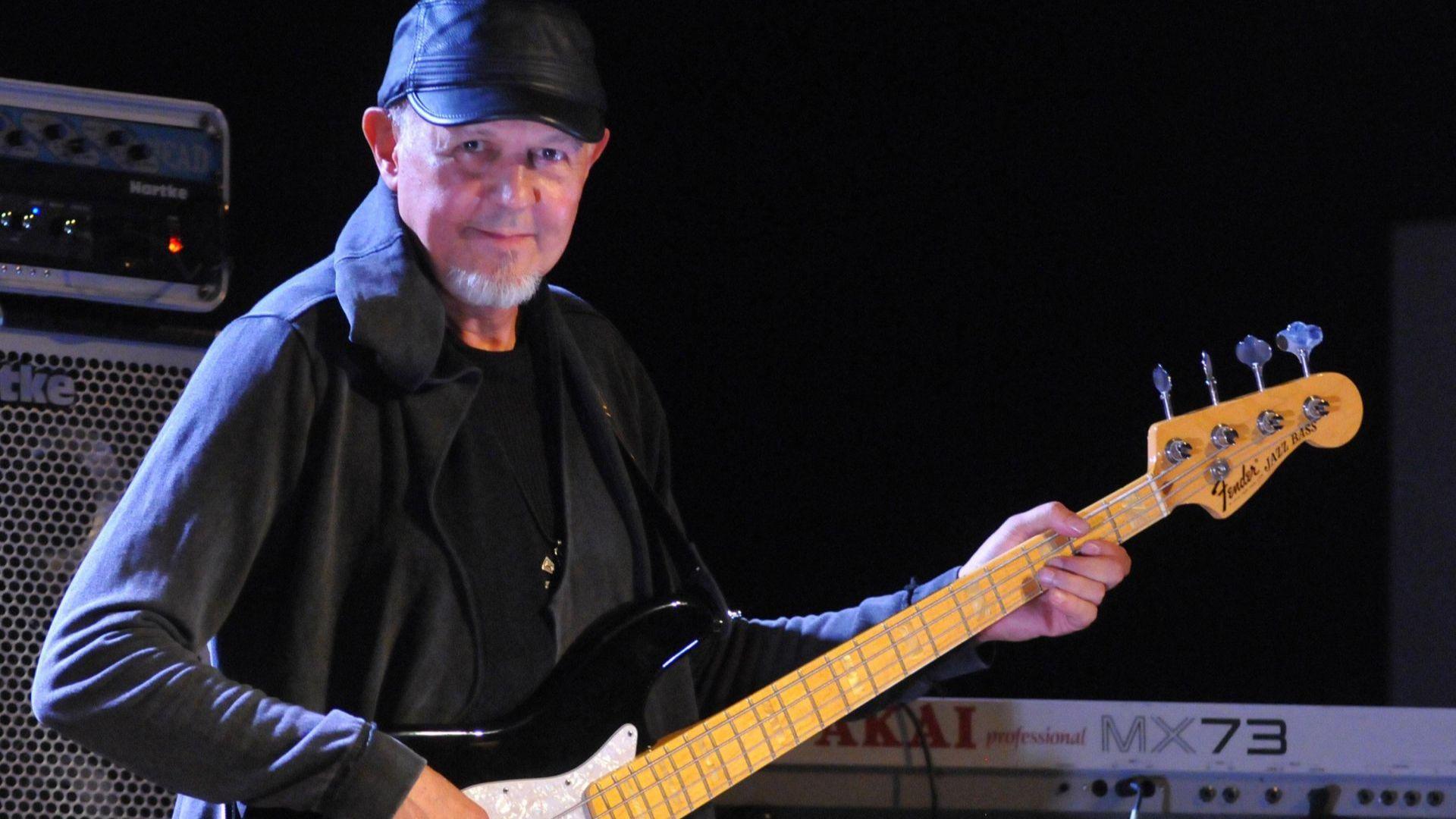 Почина Косьо Марков - легендарният основател и басист на Тангра