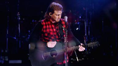 """За девета седмица Морган Уолън е начело на класацията на Billboard за албуми с """"Dangerous"""""""