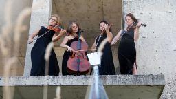 Фрош: Ние избираме музиката на нашето време, която отразява динамиката и естеството на живота в момента