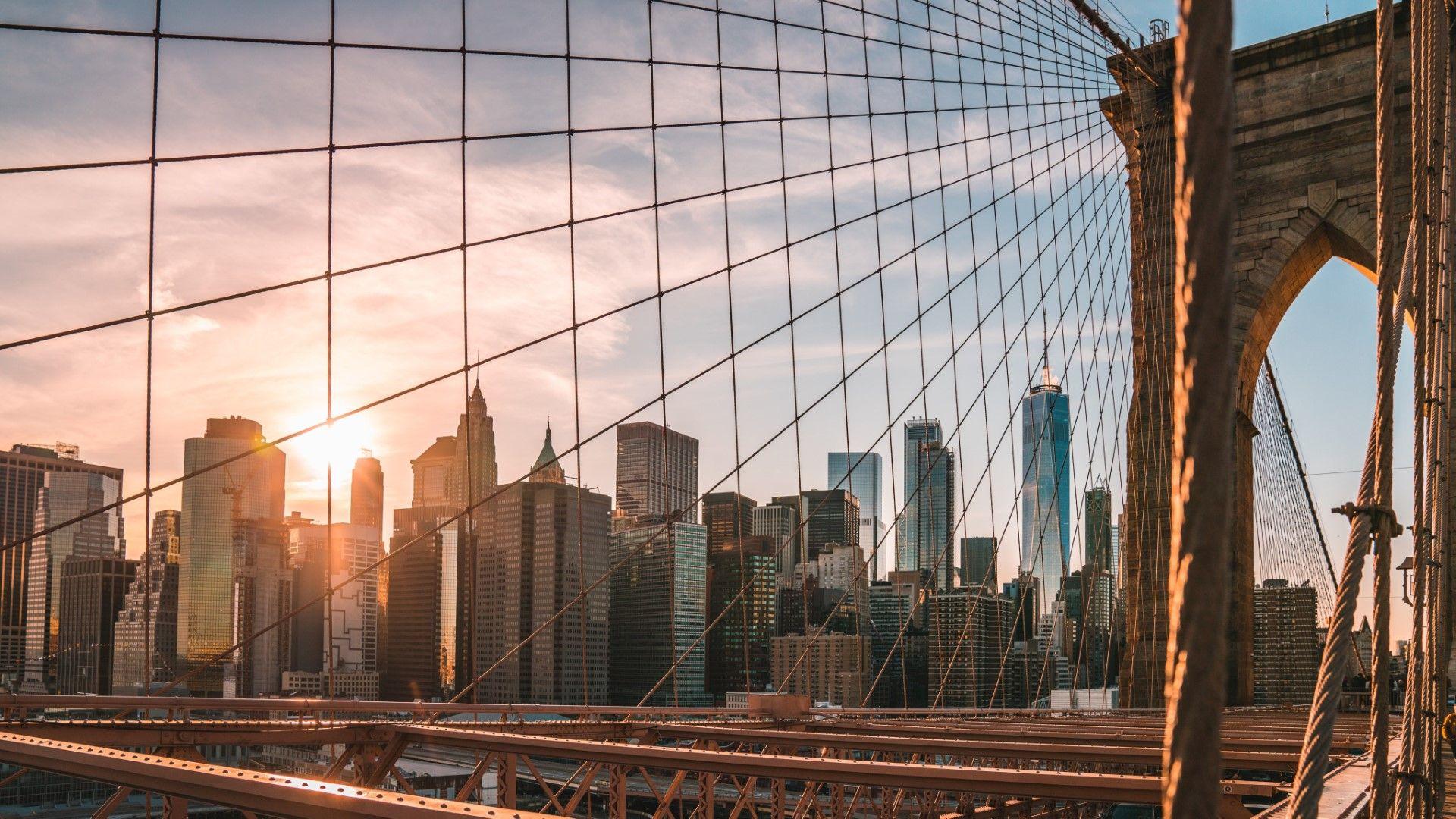 Полицията в Ню Йорк тайно е изхарчила милиони за следене на гражданите