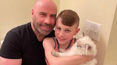 Джон Траволта зарадва сина си с нов домашен любимец