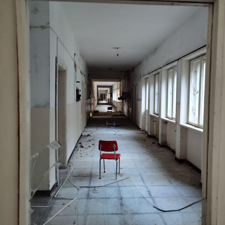 В разгара на корона кризата: Докъде докарахме най-голямата белодробна болница на Балканите