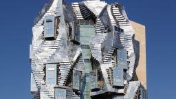 Забележителната кула на Франк Гери във Франция отваря врати през юни