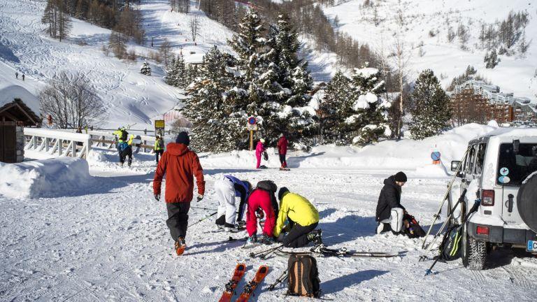 Почти месец със снежна покривка годишно са загубили Алпите на