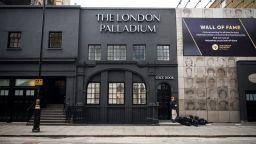 Лондонските театри се готвят да заработят отново
