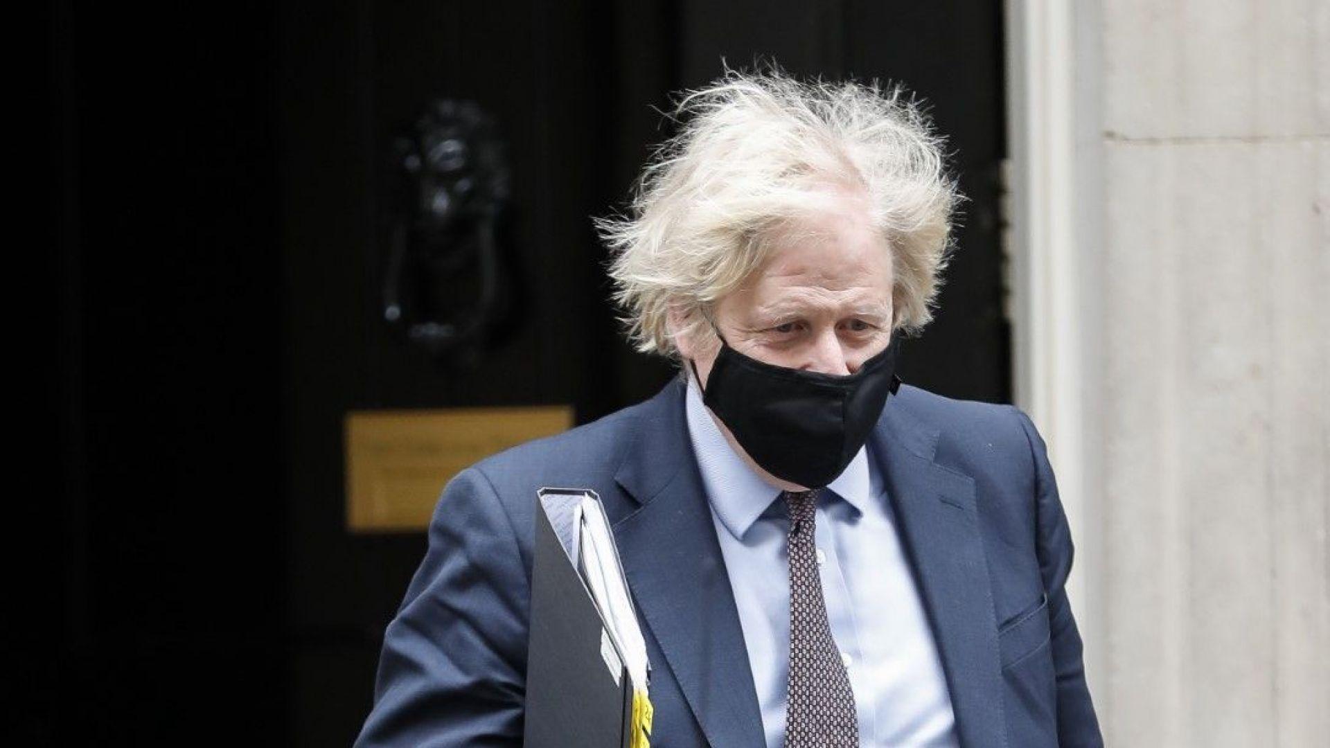 Бившата дясна ръка на Борис Джонсън го обвини в некомпетентност и непочтеност
