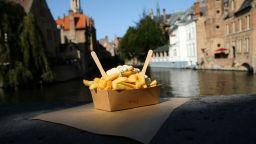 Майсторите на белгийски пържени картофи искат признание от ЮНЕСКО