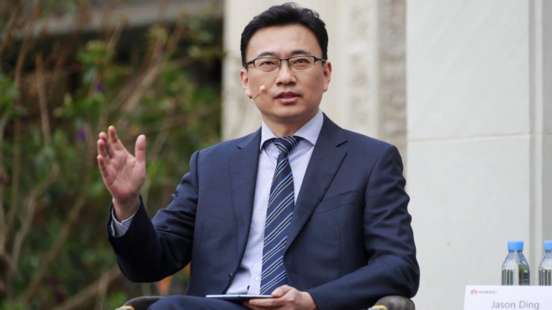Джейсън Динг споделя, че големите инвестиции в разработването на нови технологии са ключът към успеха на Huawei