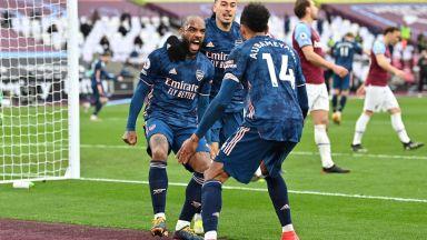 Арсенал се върна след 0:3 в лудо лондонско шоу
