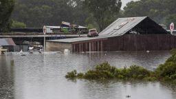 Невиждани наводнения в Австралия, над 18 000 души са евакуирани (снимки)