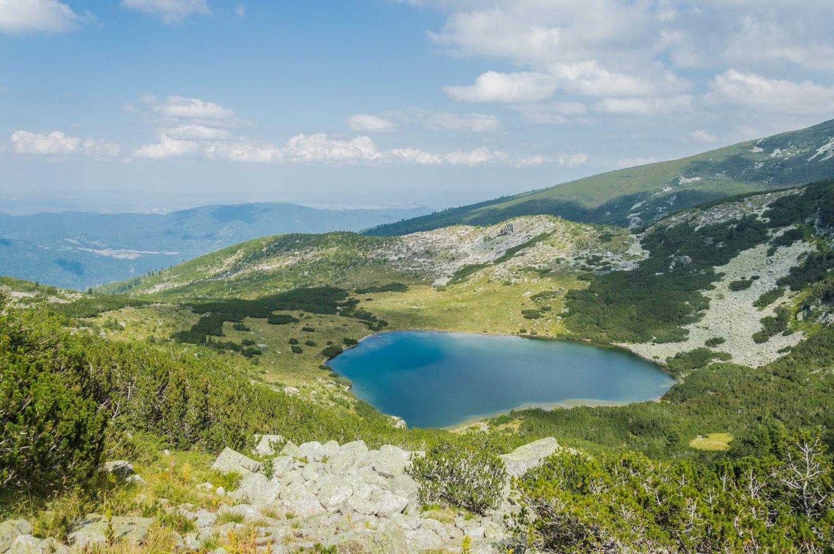 Планирайте изкачване до Йончево езеро в Рила