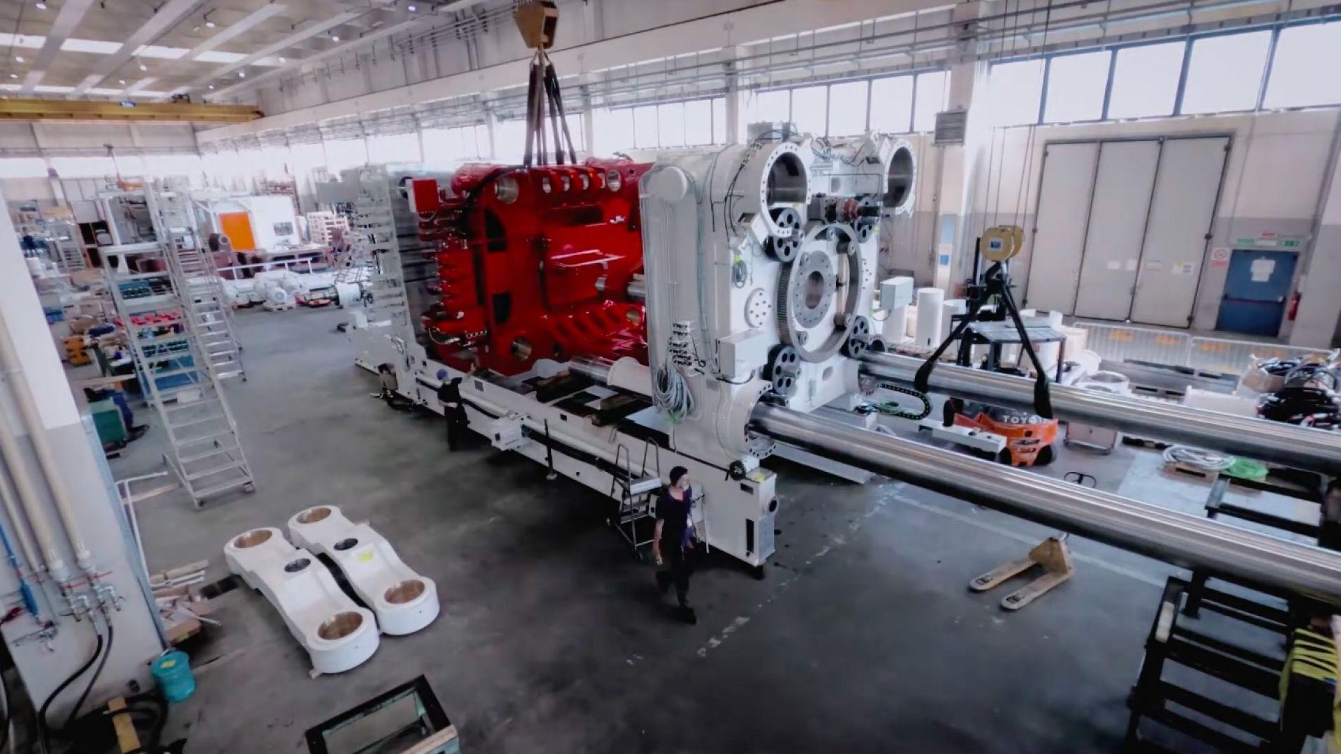 Илон Мъск купи първата в света 8000-тонна леярна