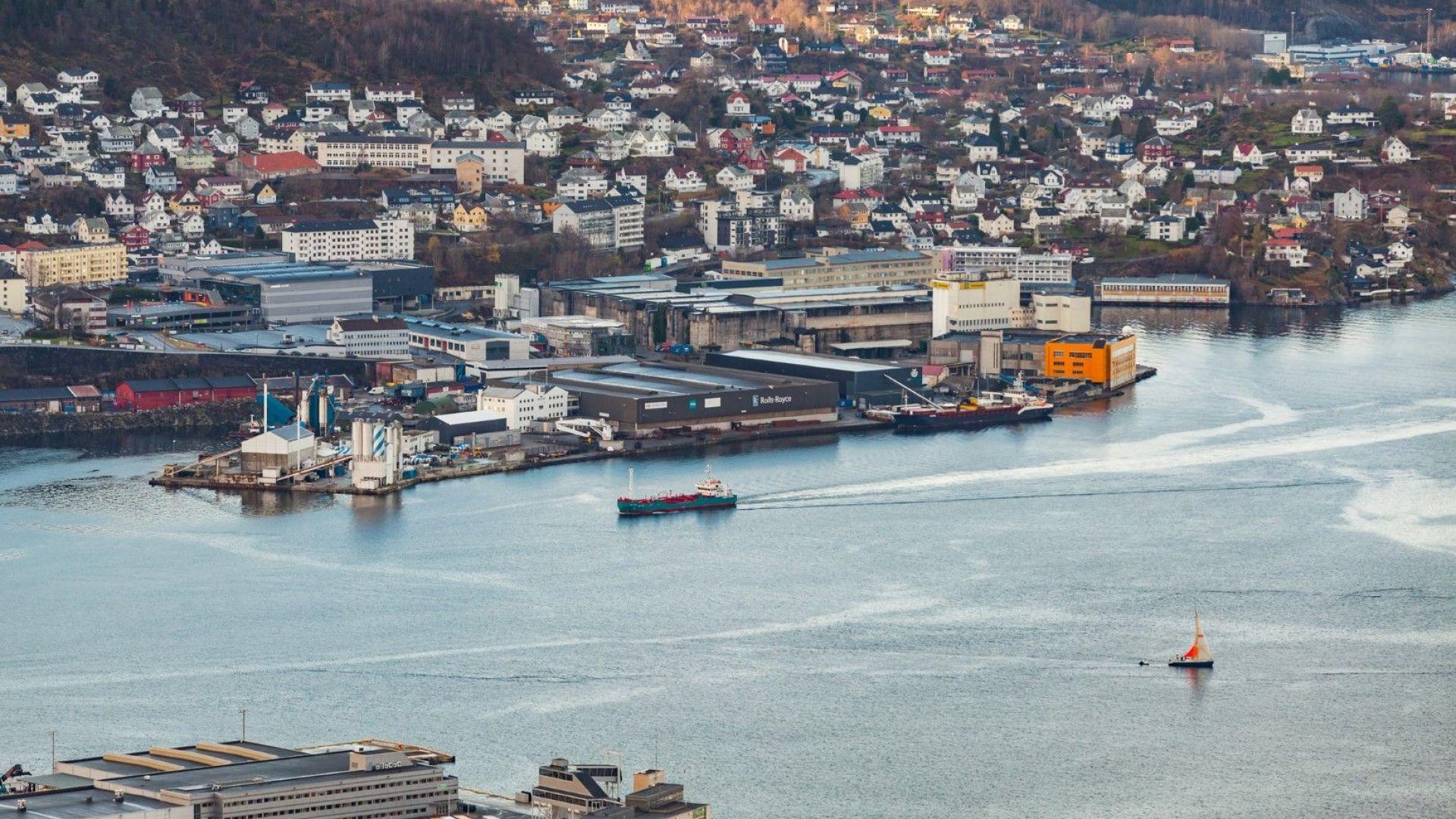 """Норвегия блокира продажбата на фирмата на """"Ролс-Ройс"""" в Берген на руска компания"""