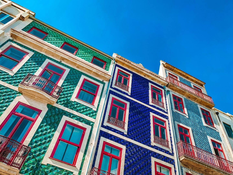 Цветни фасади