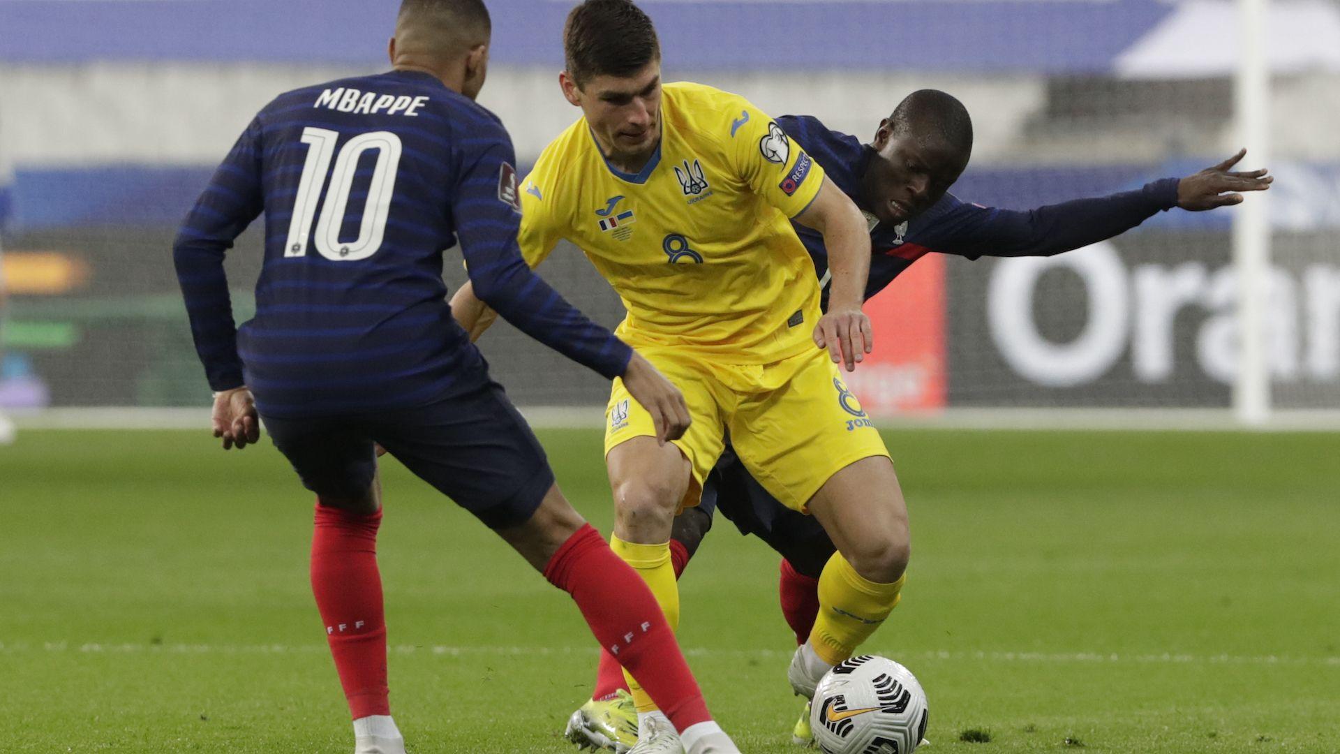 Световният шампион Франция потегли с фалстарт към Катар 2022