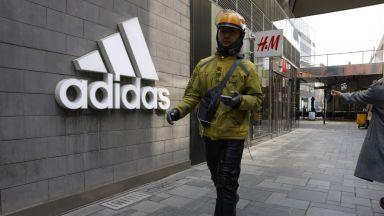 След H&M китайците започнаха бойкот на Nike и Adidas