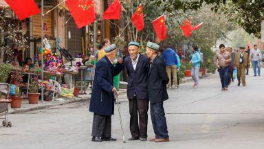 Въпросът за уйгурите разпали санкционна война между Китай и Великобритания