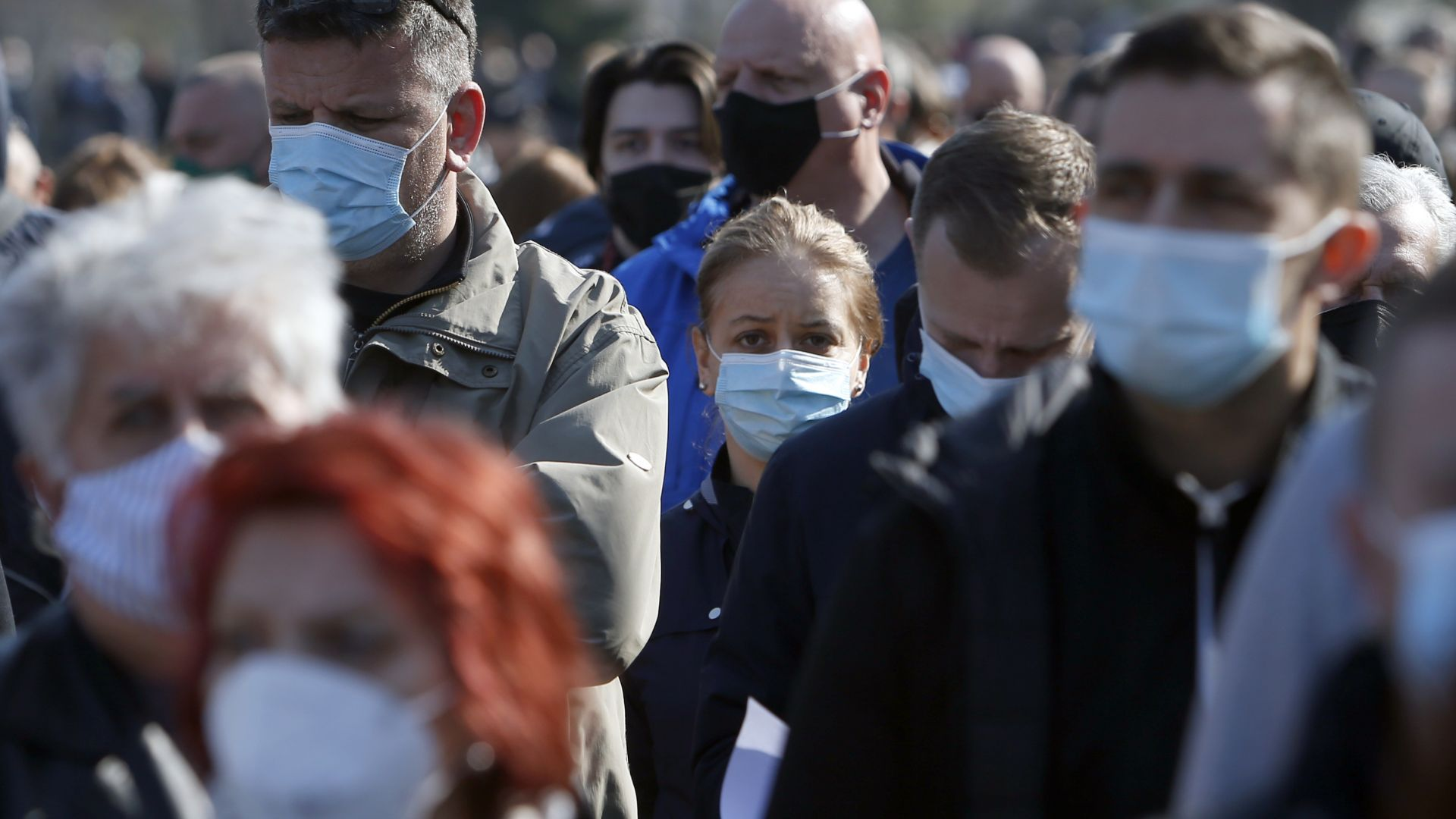 Сръбски адвокат ще съди НАТО и за касетъчните бомби над Ниш